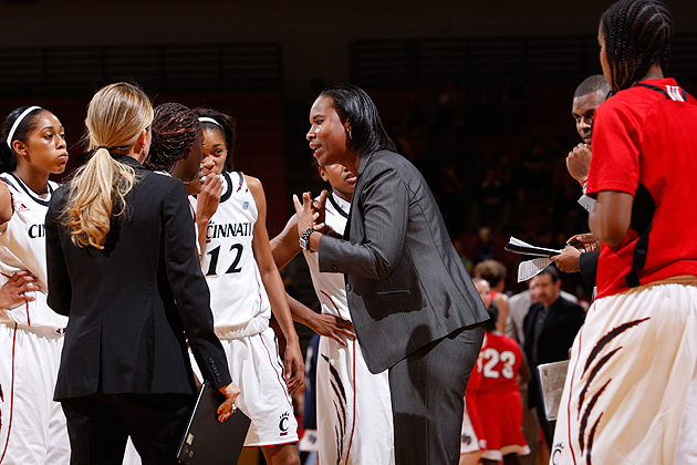 Jamelle Elliott '96 (ED), '97 MA, longtime former Huskies assistant coach, is in her third season as head coach of the Cincinnati Bearcats. She returns to Gampel Pavilion to face the Huskies in a Big East Conference game on Jan. 19. (University of Cincinnati Sports Communications)
