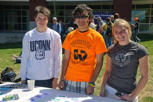 Residents of EcoHouse conduct an environmental-themed trivia contest during Earth Day. (Max Sinton '15 (CANR)/UConn Photo)