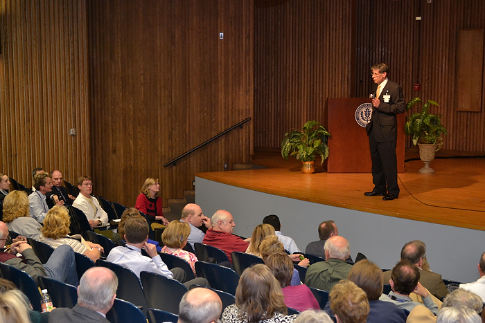 Dr. Frank Torti holds his first town hall meeting in a crowded Keller Auditorium. (Tina Encarnacion/UConn Health Center Photo)