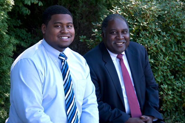 Daniel Turner '15 (ENG), left, and his father Elvin Turner '93 MBA. (Jessica McCabe/UConn Photo)
