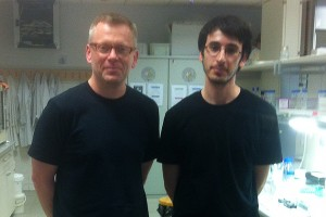 In the lab with Hugo Aragunde-Pazos, a graduate student at IQS.