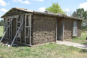 A replica of a sod house at the Prairie Museum in Colby, Kan., in the heart of America's Wheat Belt. (Photo courtesy of Tom Morris)