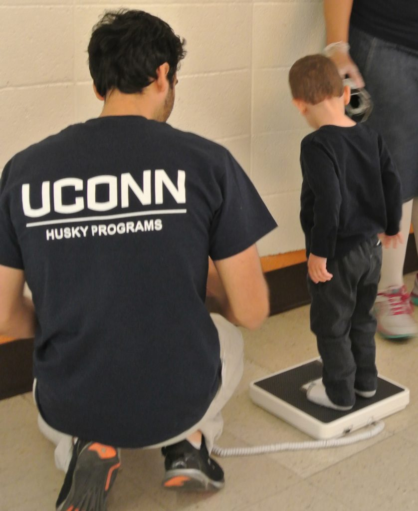 Husky Nutrition, a program for parents, is delivered by UConn undergraduates as part of a service learning experience. (UConn Health Photo)