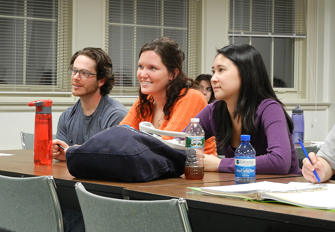 <p>Students in the Professional Science Master's in Applied Genomics listen to four recent graduates of the program who all have jobs at Affomix.. Photo by Christine Buckley</p>