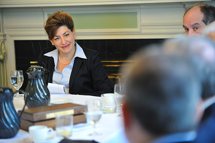 <p>President designate Susan Herbst meets with deans during their monthly breakfast meeting at the Hartford Club. Photo by Peter Morenus</p>