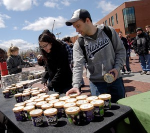 <p>Even though the weather was on the chilly side, the free ice cream station was a popular spot during Earth Day Spring Fling 2011. Photo by Lauren Cunningham</p>