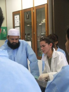 Bogomolni works with veterinary students at the University of the West Indies School of Veterinary Medicine. Due to its location, the school offers students an opportunity to focus on exotic diseases and wildlife.
