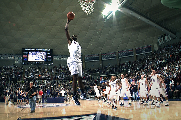 UConn's Mens Basketball friday night dunk contest 2011