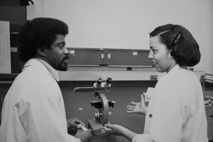 Drs. Lawrence Kenney and Jacqueline Harris, Class of 1981, School of Medicine. (UConn Health Center Archive)