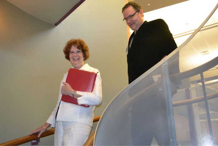 Visiting fellow Douglas Varner joins Evelyn Morgen for the second of his two site visits at the Stowe Library, part of the National Library of Medicine/Association of Academic Health Sciences Libraries Leadership Fellows Program running from November 2011 through October 2012. (Chris DeFrancesco/UConn Health Center Photo)