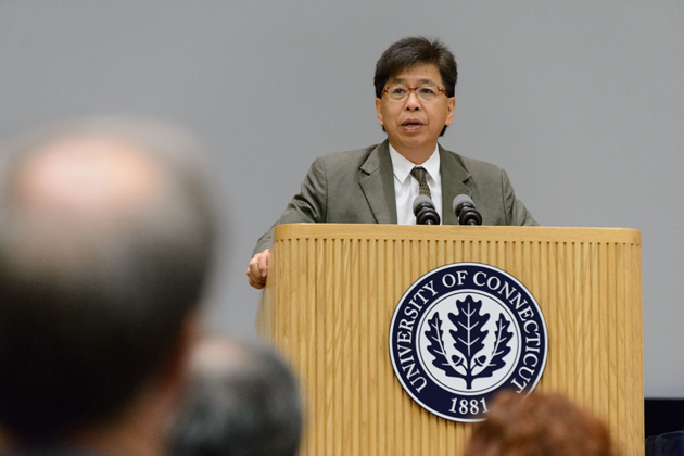 Edison Liu, president and chief executive officer, The Jackson Laboratory speaks at the symposium. (Peter Morenus/UConn Photo)