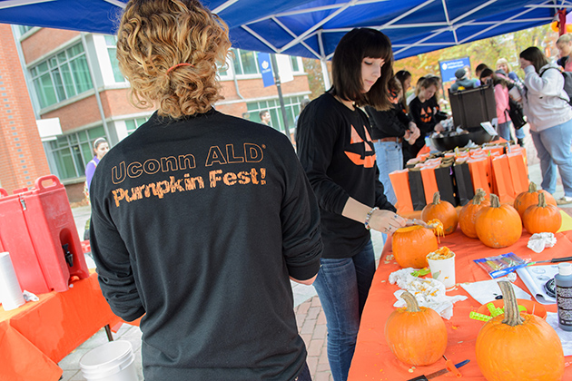 In anticipation of Halloween, Alpha Lamda Delta hosted Pumpkinfest on Fairfield Way. (Ariel Dowski '14(CLAS) /UConn Photo)