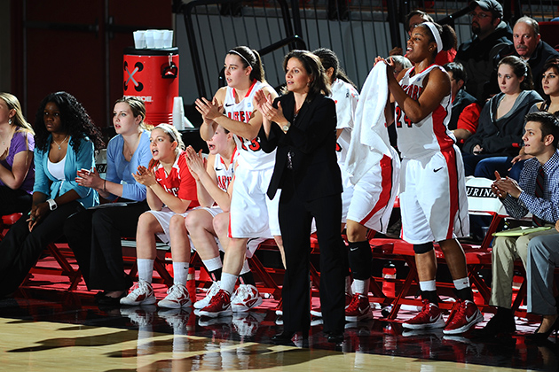Rizzotti Joins Auriemma and Lobo in Women's Basketball Hall of Fame - UConn  Today