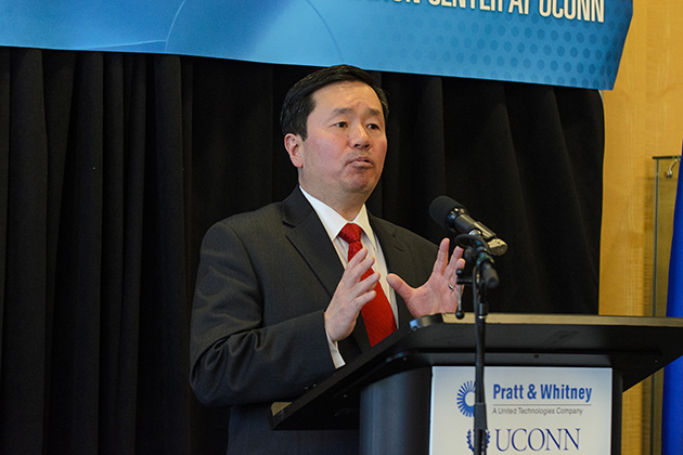 Provost Mun Choi speaks at the Pratt & Whitney and UConn Additive Manufacturing event. As a teaching and research center, the new facility will assume a pivotal place in UConn's new Technology Park scheduled to open in 2015. (Ariel Dowski '14 (CLAS)/UConn Photo)