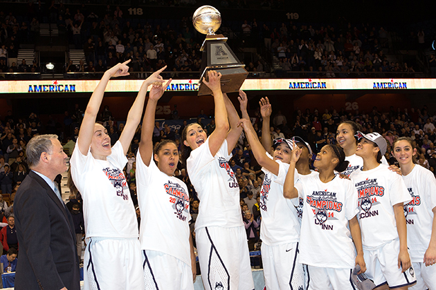 The Huskies display the AAC Championship trophy. (Steve Slade '89 (SFA) for UConn)