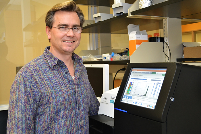 Brenton Graveley is researching the role that RNA plays in biology and disease. (Tina Encarnacion/UConn Health Photo)