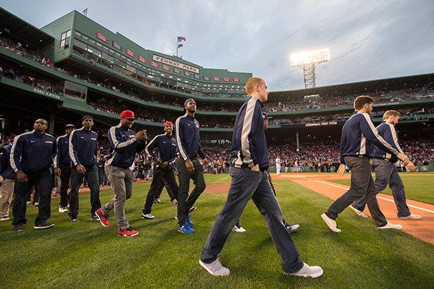 The NCAA National Championship UConn men's basketball team takes to the field at Fenway Park. (Boston Red Sox Photo)