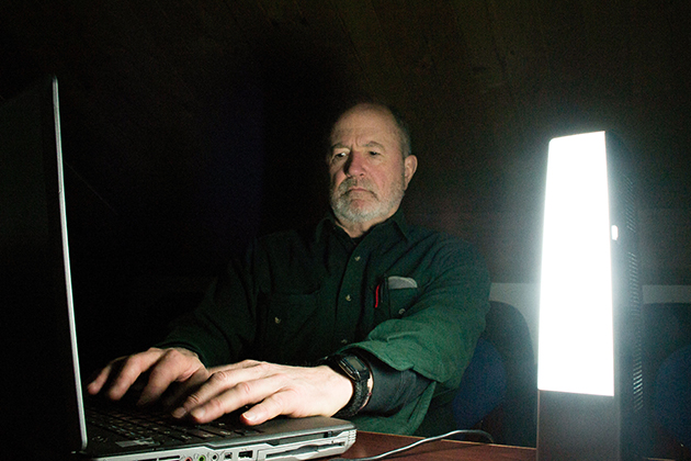 UConn Health cancer epidemiologist Richard Stevens continues to advance research connecting artificial light at night to physiological changes in the human body. (Chris DeFrancesco/UConn Health Photo)
