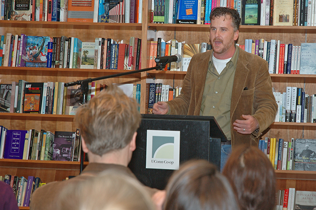 Philosophy professor Michael Lynch speaks at a signing event for his book 'Why Truth Matters,' at the UConn Co-op in 2004. (Dollie Harvey/UConn Photo)