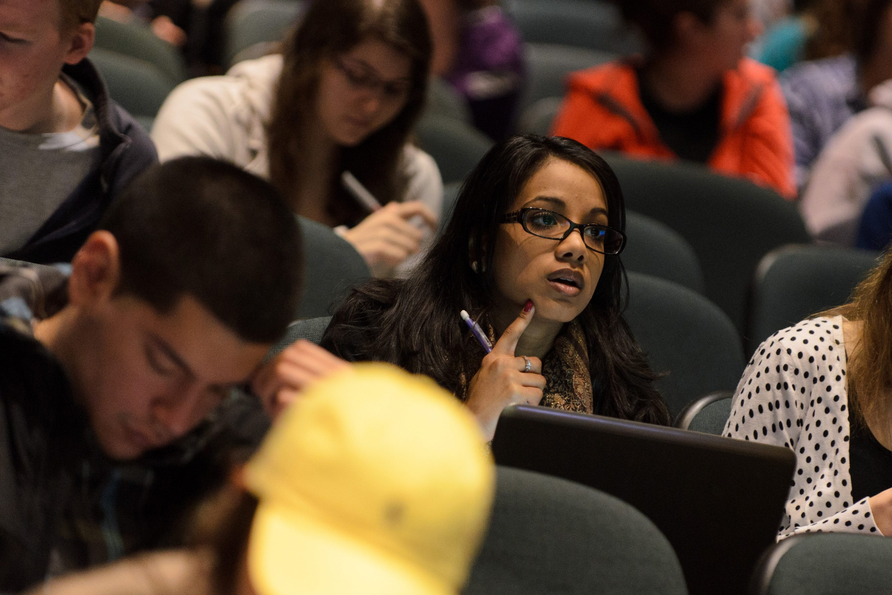Students during a lecture in the Chemistry Building on March 13, 2013. (Sean Flynn/UConn Photo)