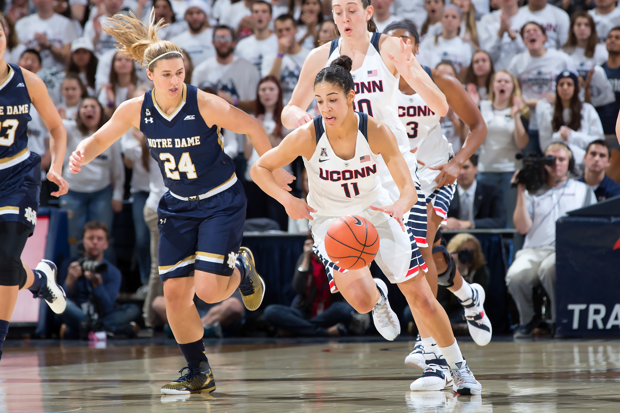 UConn's Kia Nurse on the court. Nurse has been honored in the preseason by the American Athletic Conference. (Stephen Slade '89 (SFA) for UConn)