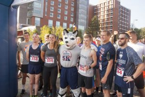 Students, alumni, friends, and family participated in the UConn Huskies Forever 5k on Sunday morning which took participants on a run across campus.  Oct. 16, 2016. (Garrett Spahn/UConn Photo)