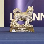 An example of a UConn Spirit Award, a replica of the Husky dog, from 2015. (Peter Morenus/UConn Photo)
