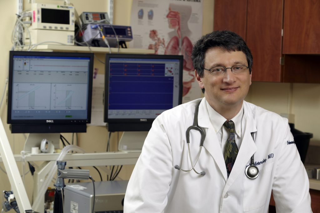 Dr. Mark Metersky, who specializes in adult sleep disorders, bronchiectasis care, pulmonary medicine, and critical care medicine at UConn Health, is the lead author on a JAMA study of ventilator-associated pneumonia rates. (Lanny Nagler for UConn Health)