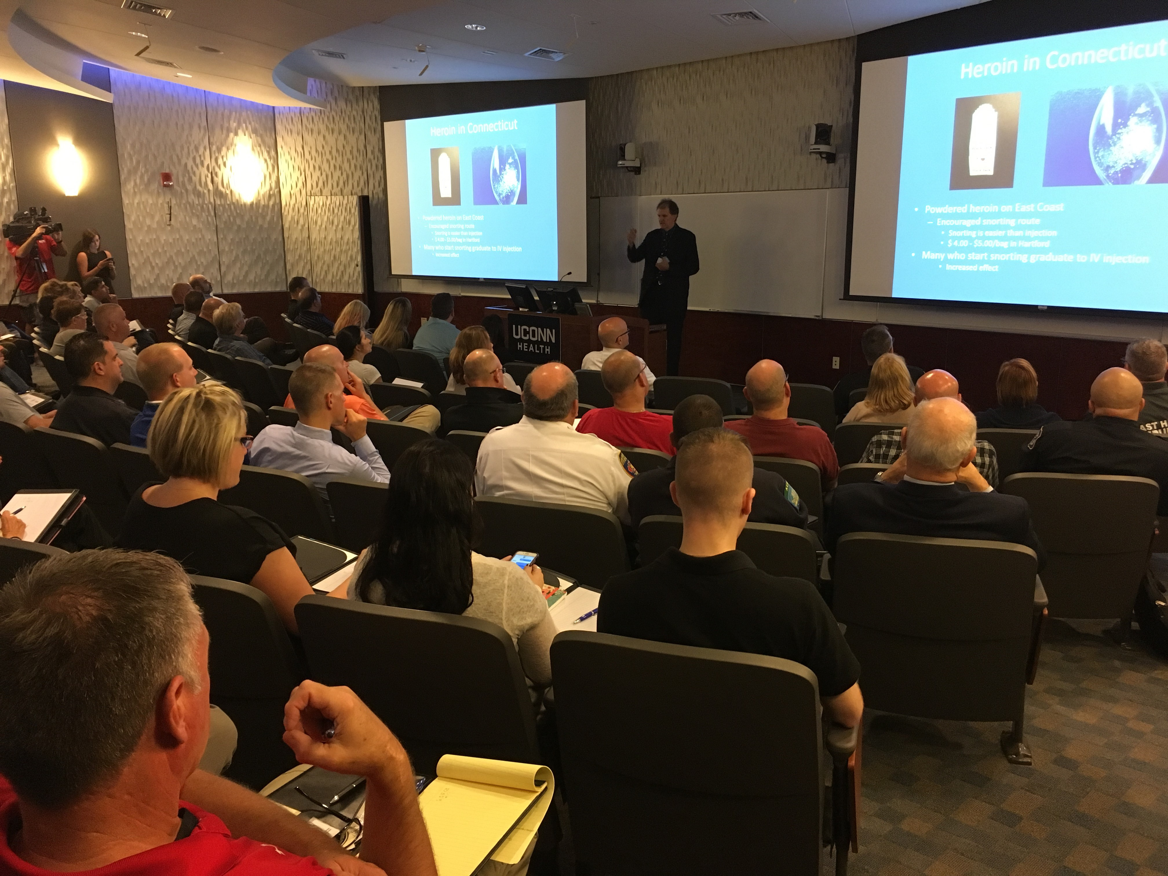 UConn Health EMS Coordinator, Peter Canning, addressing the more than 100 experts attending the statewide forum examining ways to stop the growing opioid epidemic in Connecticut (UConn Health Photo).