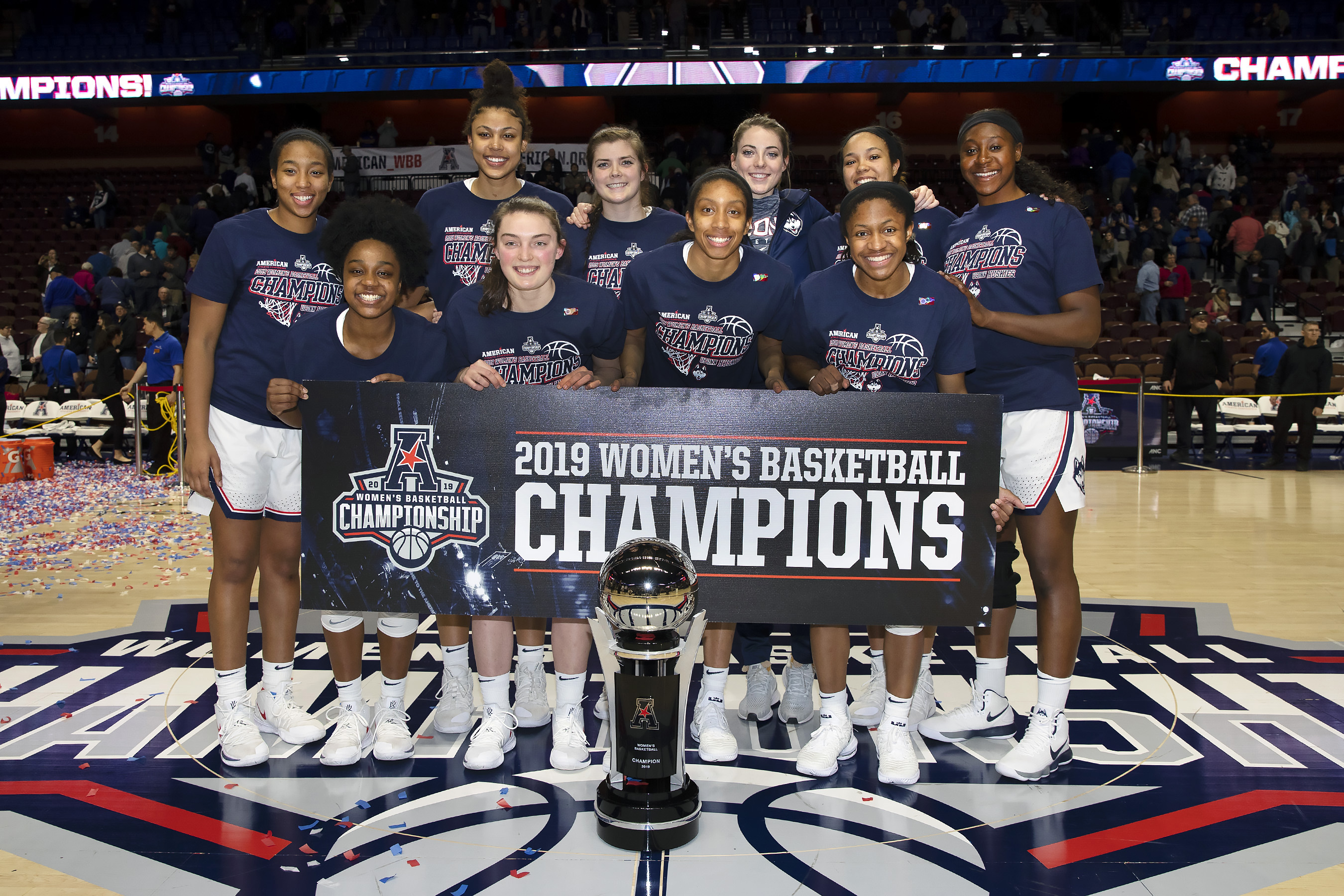 The Huskies defeated UCF 66-45 for their sixth consecutive conference championship. (Stephen Slade '89 (SFA) for UConn)