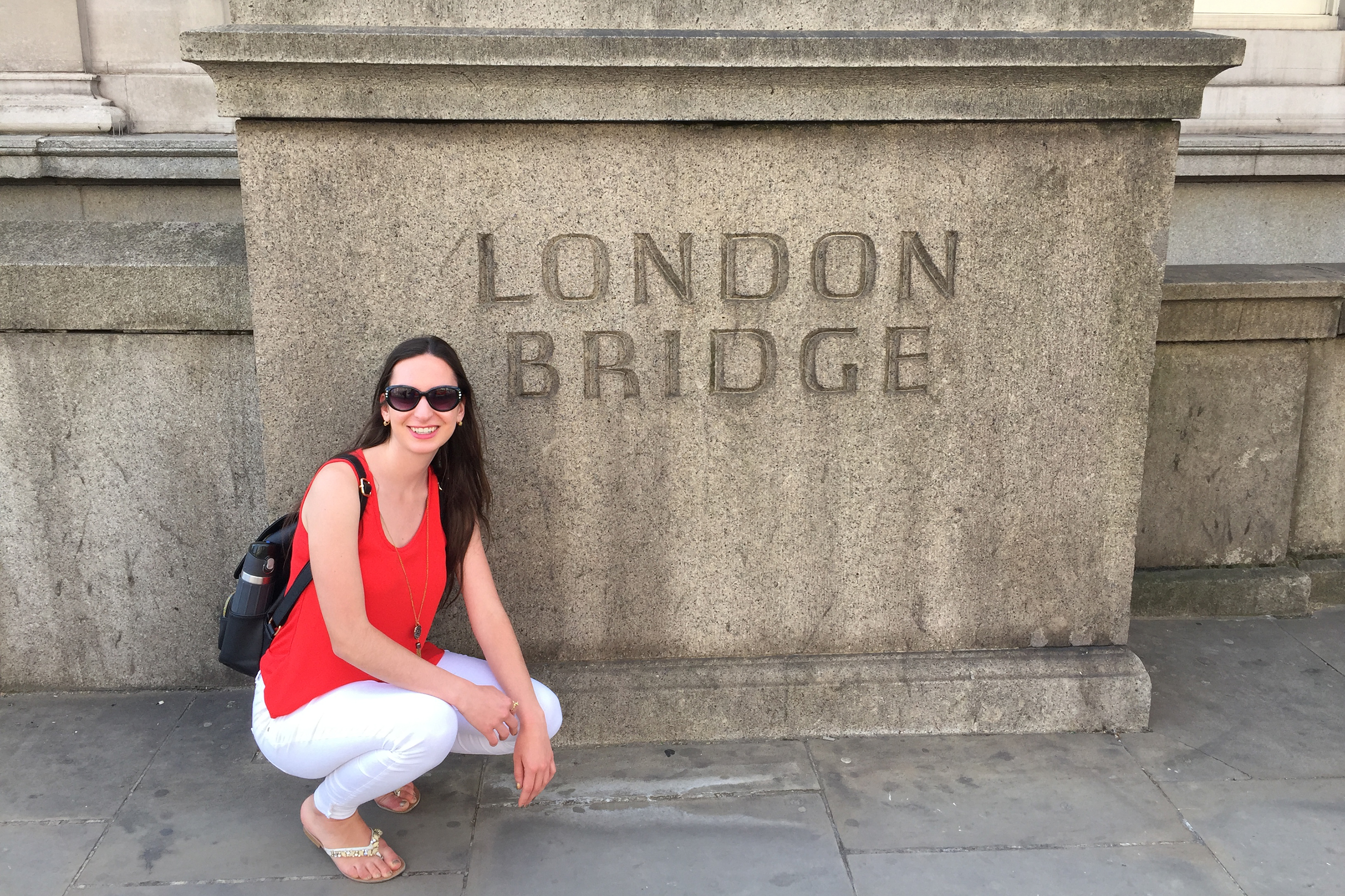 Anna Zarra Aldrich '20 (CLAS) at London Bridge during her Education Abroad experience in summer 2018.