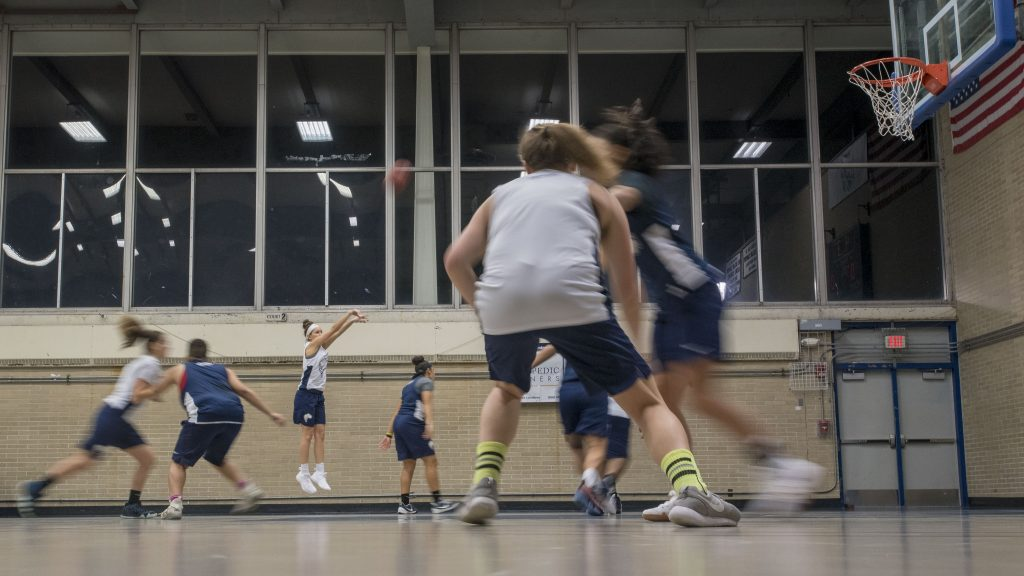UConn Avery Point Women's Basketball team practicing Students at Avery Point on Nov. 29, 2018. (Sean Flynn/UConn Photo)